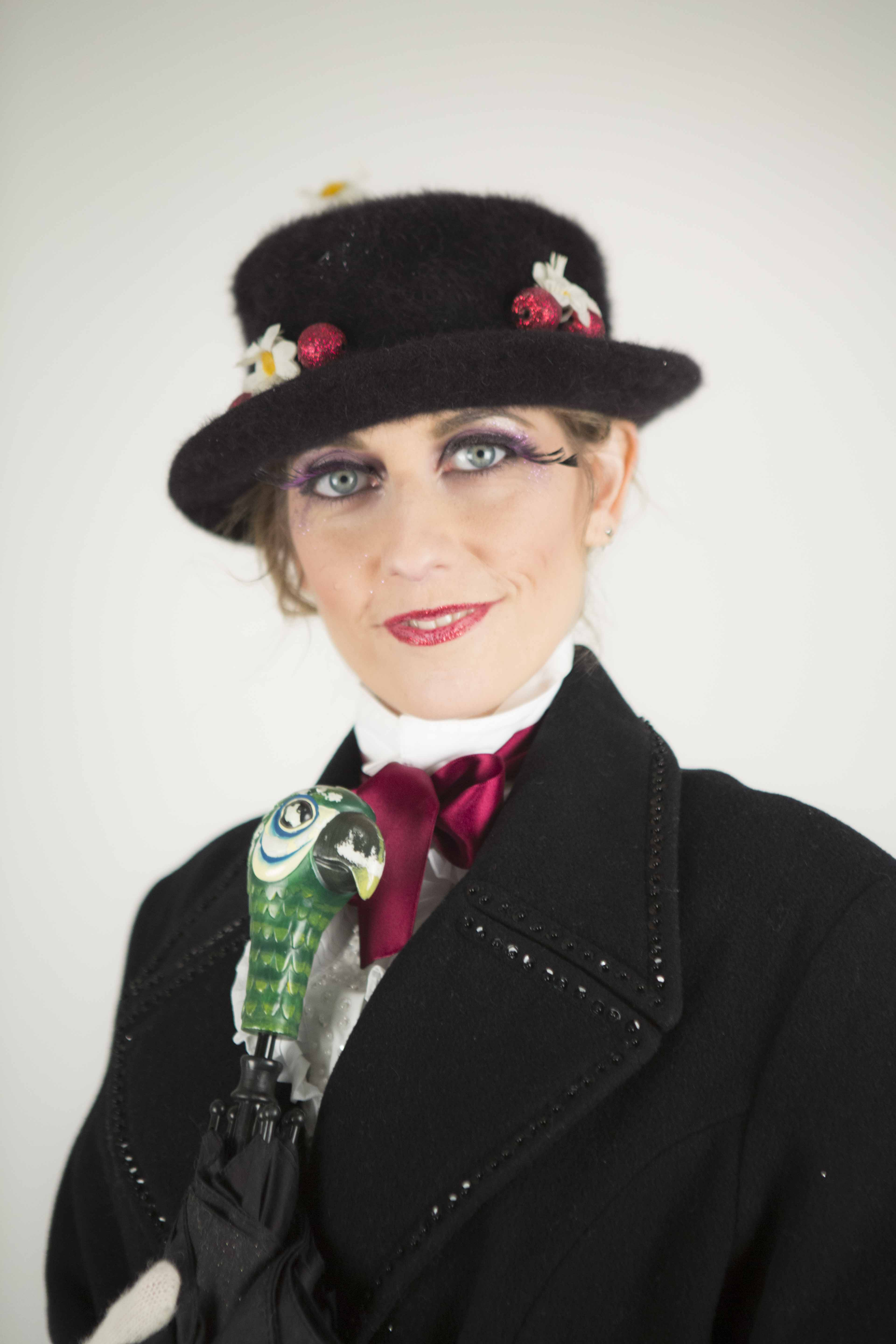 Blondy Violet _The True Story of Mary Poppins - Rights Reserverd: Cecilia Pratizzoli